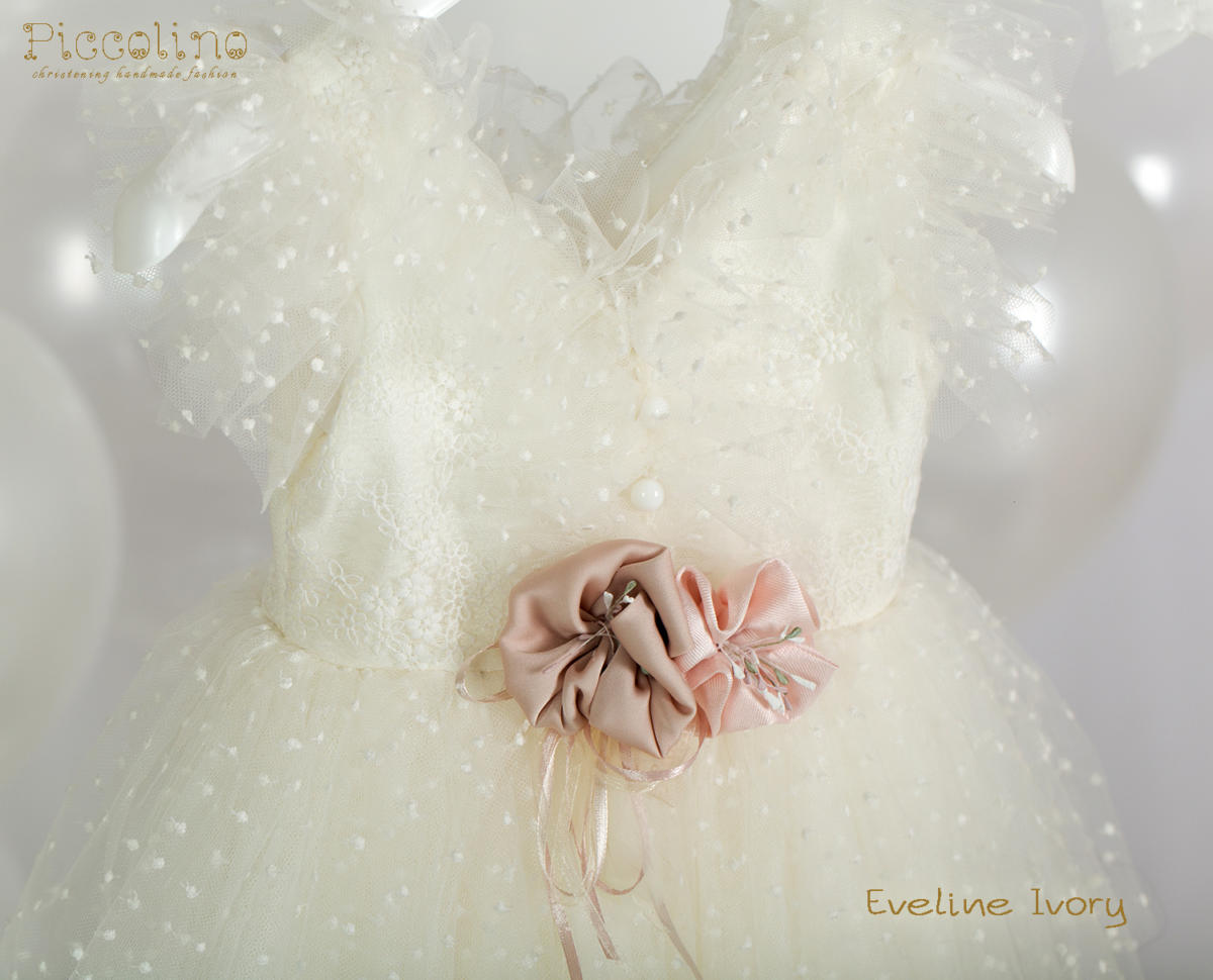 DR20S35 EVELINE IVORY DETAIL