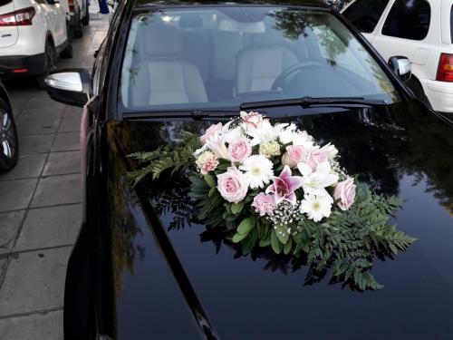 Λουλούδια αυτοκίνητο
