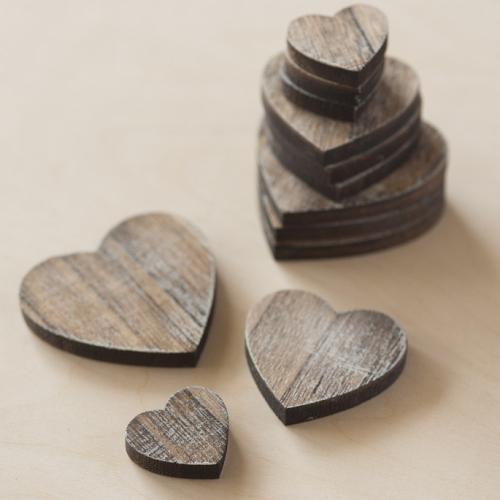διακοσμητικές-ξύλινες-καρδιές