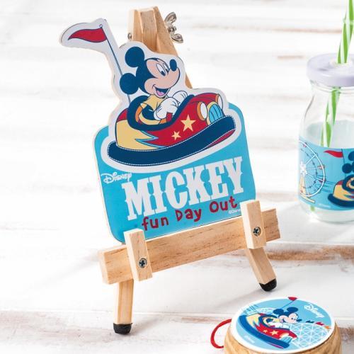 καδράκι-σε-καβαλέτο-mickey-fun-day-out