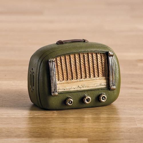 κουμπαράς-ραδιόφωνο-ρετρό