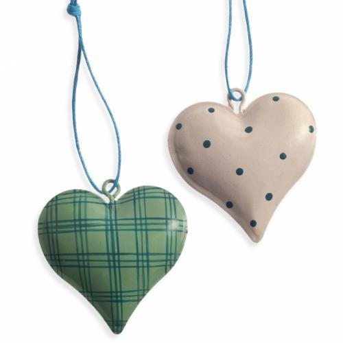 καρδιές-κρεμαστές
