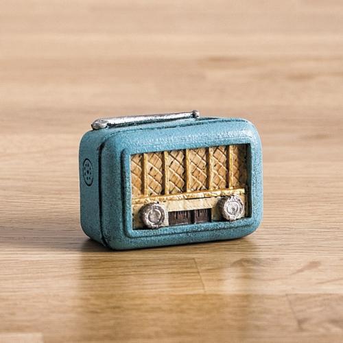 μολυβοθήκη-ραδιόφωνο-ρετρό